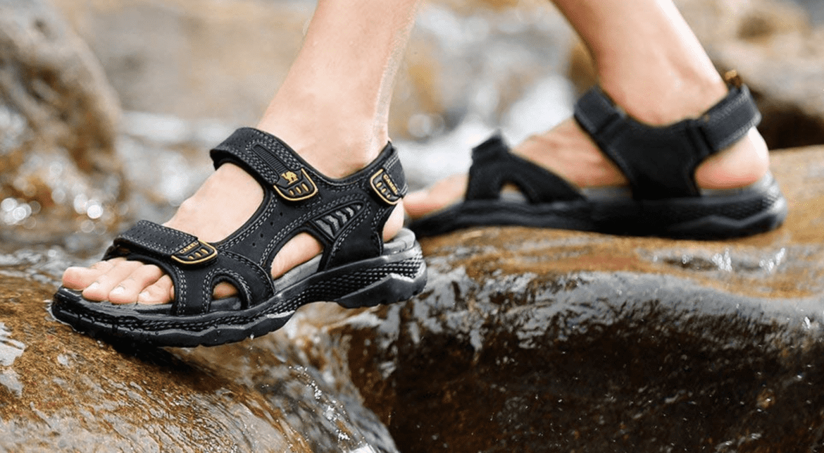 Top 10 Best Hiking Sandals for Men in 2019 | Full Reviews