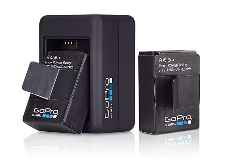 GoPro Dual Battery Charger for HERO3+/HERO3) (GoPro Official Accessory)