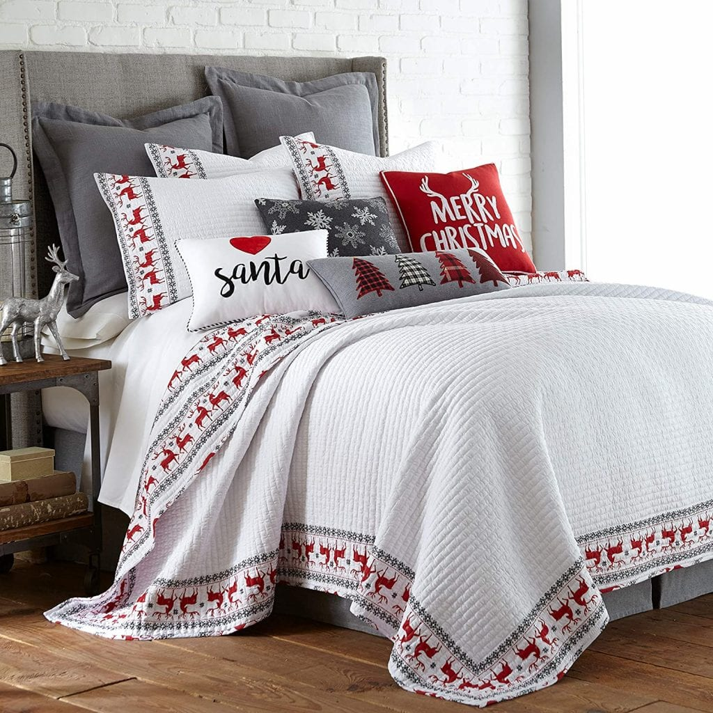 Rudolph Quilt Set With Pillow Shams